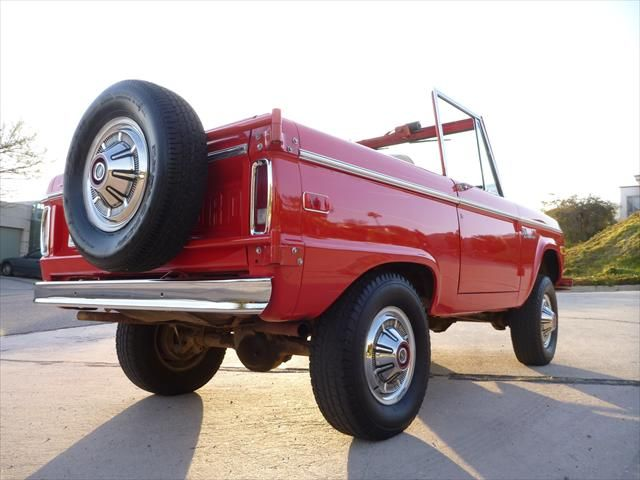 Red color  Ford Bronco early Ford small SUV