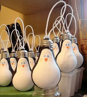 Penguin lightbulb ornaments...too cute!!