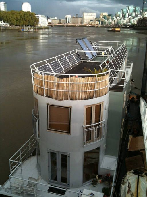 Check out this awesome listing on Airbnb: BEAUTIFUL HOUSEBOAT Central London in London