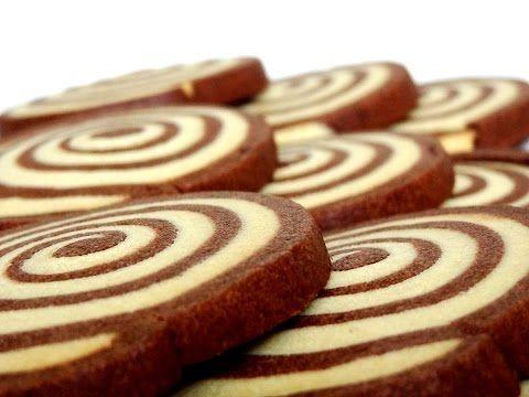 Receta: Galletas en forma de espiral de chocolate y vainilla -- Swirl cookies - YouTube