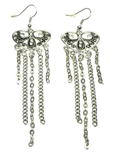 €3,45 per paar Zilverkleurige langwerpige oorbellen met hart en strengetjes (hanger) #oorbellen online kopen