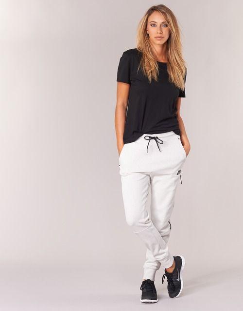 Vêtements Femme Pantalons de survêtement Nike TECH FLEECE PANT Gris Clair