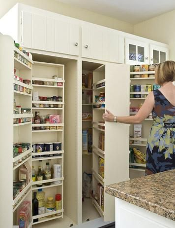 Space saving pantry, this would work tooDreams Pantries, Spaces Saving, Kitchens Ideas, Kitchens Pantries, Spaces Savers, Storage Ideas, Cupboards 2 0, Kitchens Storage, Pantries Storage