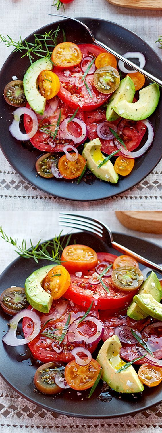 This simple salad is the perfect solution for garden fresh tomatoes and creamy avocado | recipe on foodiecrush.com