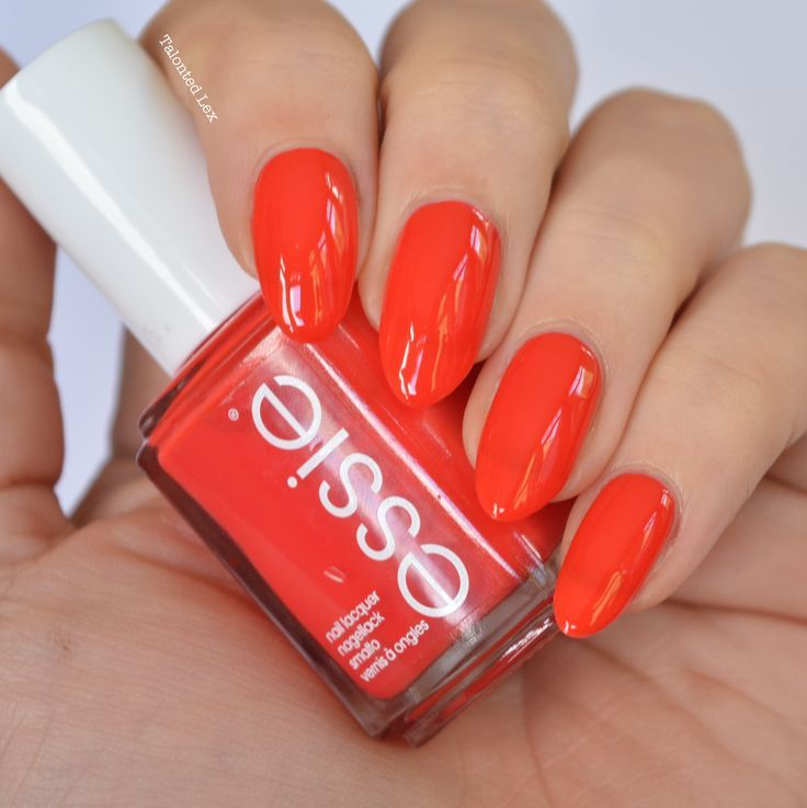 'color binge' essie Fall 2015 Collection Review - Talonted Lex. A bright orange red nail varnish.
