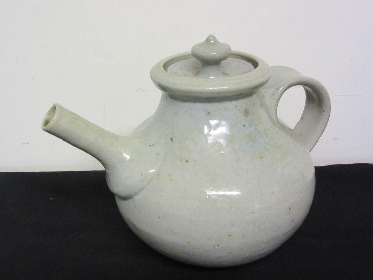 Unmarked Andrew Van der Putten Teapot !!!!!