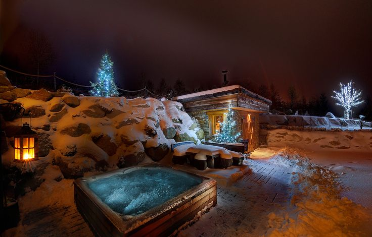 panoraMic Mountain Residence http://www.panoramic.sk/  #chalet #slovakia #tatras #winter #jacuzzi