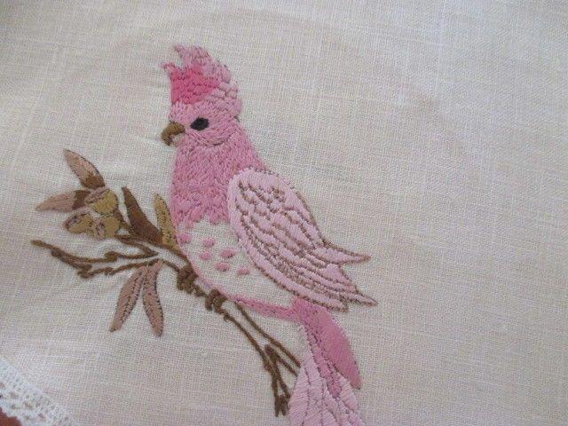 Набор из шести вручную вышитые льняные салфетки скатерти. все австралийские птицы. кича   eBay