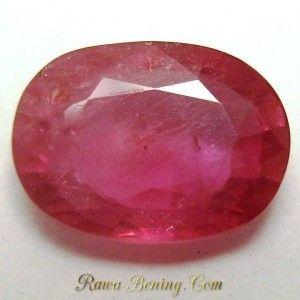Batu Mulia Natural Ruby Oval 2.20 carat Warna Shocking Pink