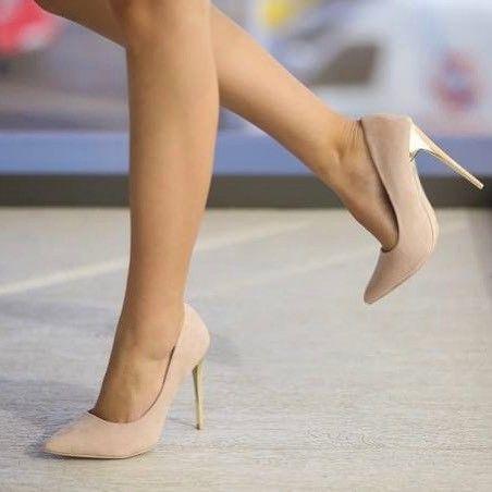 Pantofi cu toc inalt de culare bej #pantoficutoc #pantofi