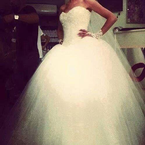 Csodálatos esküvői ruha <3