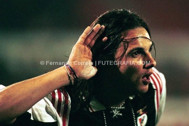 Nuno Gomes 1998-1999