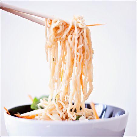 Shirataki Noodles – Vegan Sesame Ginger Salad – House Foods Tofu Shirataki Noodles | Calm Mind Busy Body