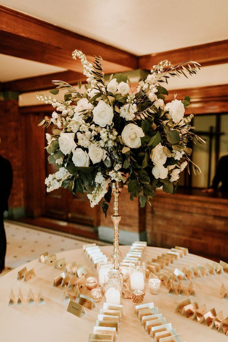 Photography: Ellie Cole  Floral Design: Vale of Enna