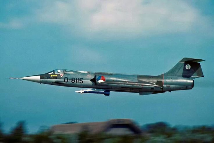 Royal Dutch Airforce Starfighter F104G in low pass