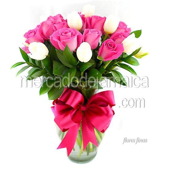rosas-y-tulipanes-blancos