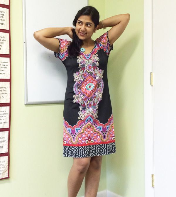 Deepika turned pattern 3352 (dolman top http://www.jalie.com/jalie3352-dolman-tops.html) into a gorgeous dress, a perfect design for her beautiful border print fabric.