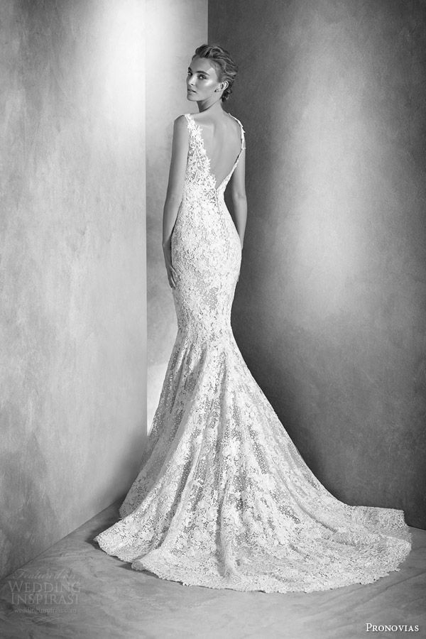 atelier pronovias 2016 haute couture bridal ilari sleeveless lace guipure gemstone mermaid wedding dress back view train