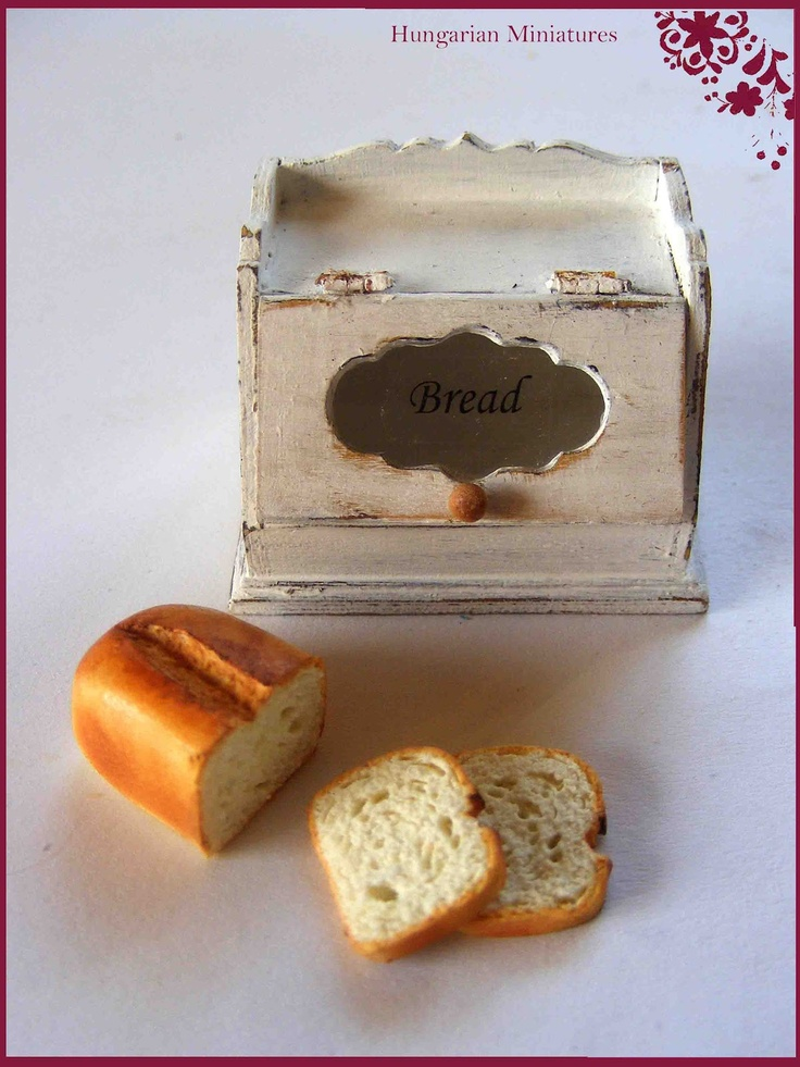 My tiny world: Dollhouse miniatures bread box with home baked bread. Can almost smell the fresh baked bread