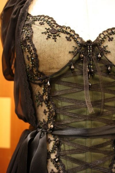 Olive Green, Steampunk Fashion, Dresses Up, Corsets Inspiration, Steampunk Style, Beautiful, Military Style, Corsets Style, Corsets Back Dresses