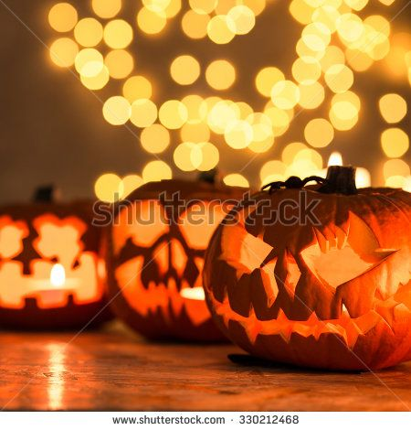 Halloween pumpkin lanterns - perfect decoration for Halloween