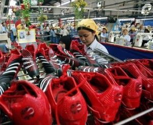 Indonesian workers making Adidas Olympics kit 65-hours a week for 34p an hour.  Surely not?  #Olymics #London #Adidas #Playfair #Sweatshops: Free Noticed, Vegans, Nike Factories, Adidas Playfair, Adidas Olympics, Indonesia Nike, Olympics Clothing, London Adidas, Watches