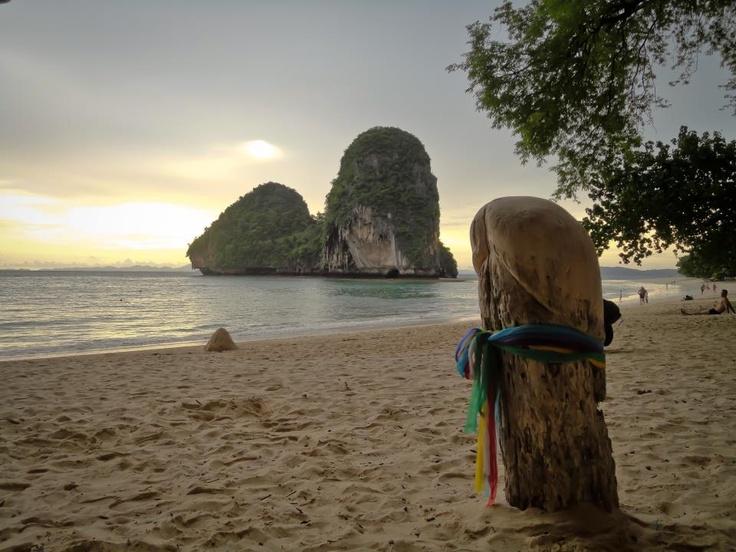 WeeWee Beach @Railay - Ao Nang - Thailand