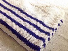 L'atelier de Clara: [TUTO] In the Navy. Apprenez à tricoter cette jolie marinière qui vous accompagnera tout le printemps. Modèle de tricot gratuit, en français, sur le blog L'atelier de Clara !