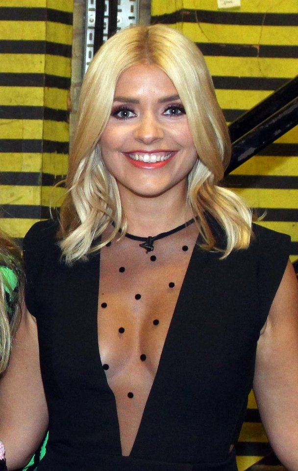 Holly Willoughby showed off her incredible curves in this sheer top