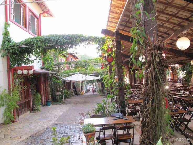 Espaço e Buffet Vila Rica Gourmet é um ambiente único, conjugado por restaurantes de estilos diferentes, bar, escritório e até consultórios médicos, mas que tornou-se famoso por sua alta gastronomia.
