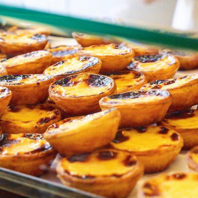 Of course we ate pastéis de nata on the awesome food tour with Treasures of Lisboa!