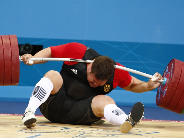 Olympic weightlifter Matthias Steiner avoids serious injury after dropping barbell on neck
