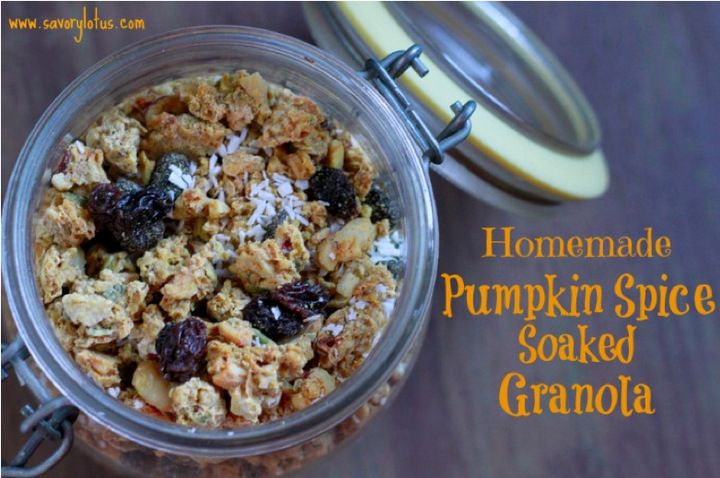 Soaked Pumpkin Spice Granola | The Mommypotamus | organic SAHM sharing her family stories and recipes