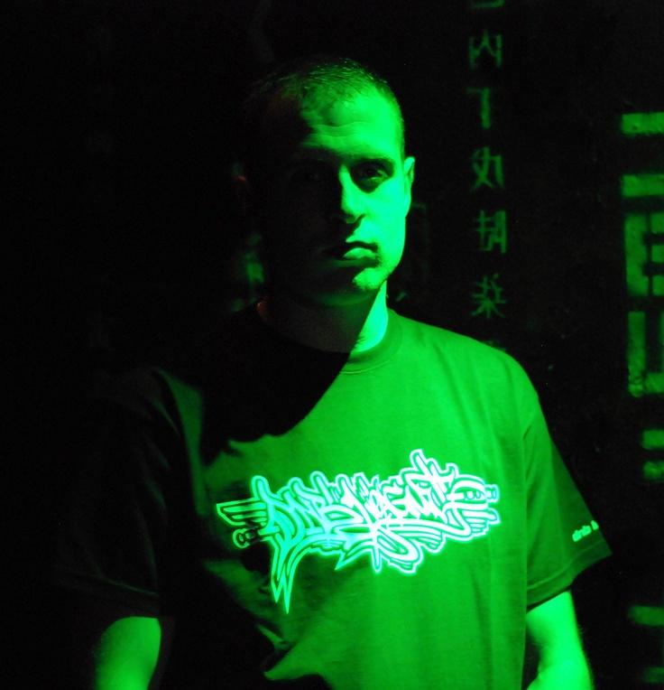 DUB ZERO (Easy rec, UK) DNB LEAGUE tag tshirt