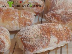 Il pane ciabatta: foto ricetta Procedimento per fare un ottimo pane ciabatta in casa con lievito madre o lievito di birra, con foto ricetta