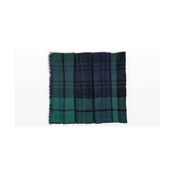 Begg & Co Begg & Co. Blackwatch Scarf in Color Green ($359) ❤ liked on Polyvore featuring men's fashion, men's accessories, men's scarves, green, mens plaid scarves, mens cashmere scarves, mens paisley scarves and mens scarves