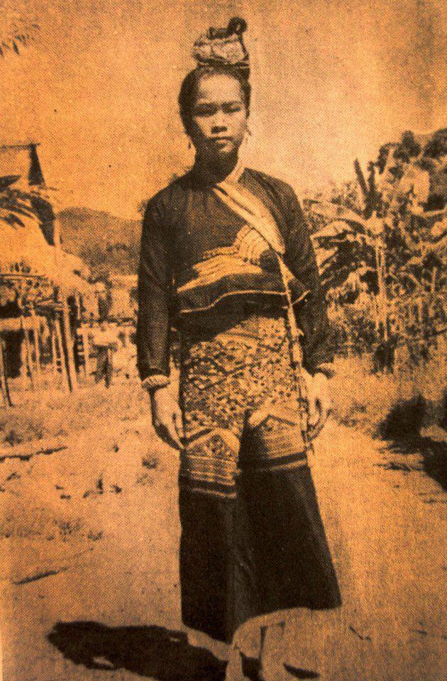 1917 Lisu girls of Chiang Rai