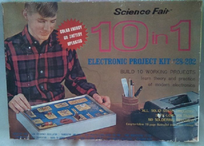 Vintage Science Fair 10 in 1 Electronic Project Kit 28-202 Tandy Corporation