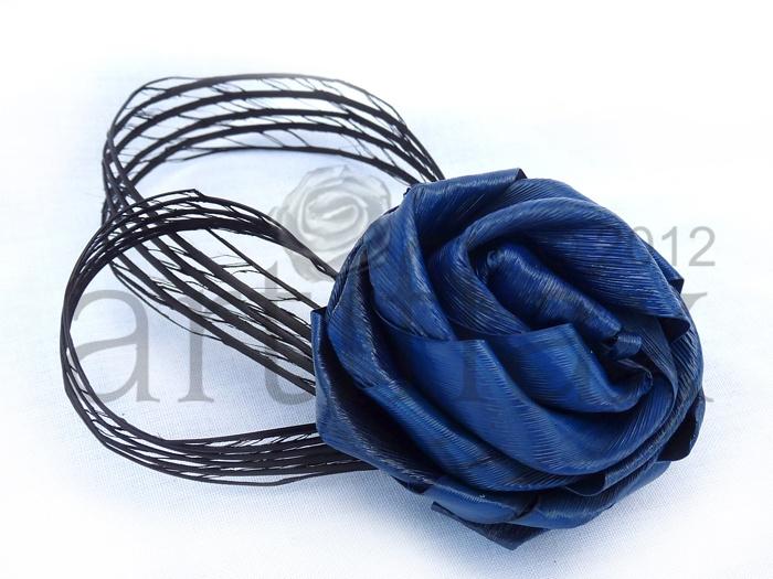 Artiflax - weddings - Blue flax flower buttonhole with black Hapene