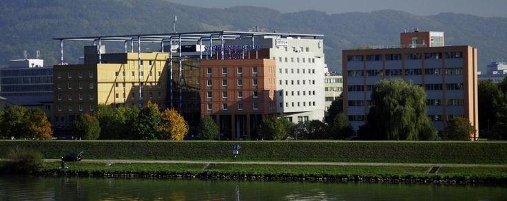 Steigenberger-Hotel-Linz-Exterior Günstig übernachten im **** Hotel Steigenberger Linz