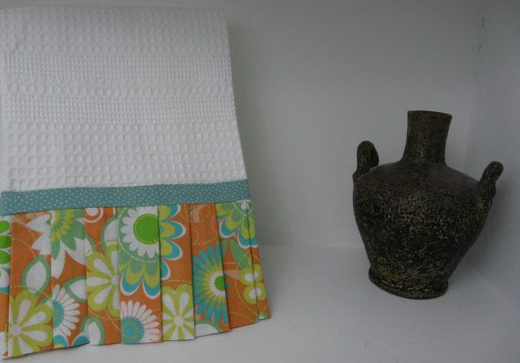 Hey, I found this really awesome Etsy listing at https://www.etsy.com/listing/164216913/baking-orange-hand-towel-vintage