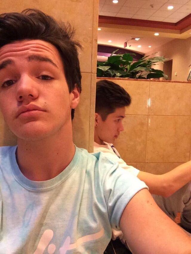 Hayes Grier Hairstyle