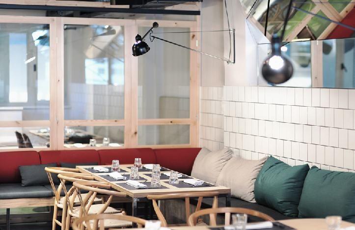 Restaurante ikra  C/ Roger de Lluria, 50