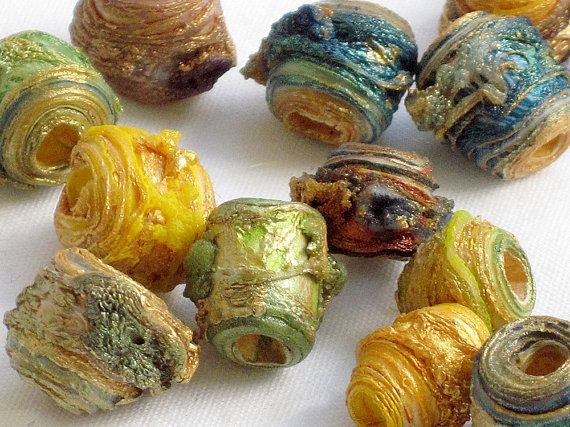Carolyn Saxby, beautiful beads, I wish I could make Tyvek look like this