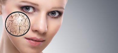 Είτε ελαφριάς είτε βαριάς μορφής, η ξηροδερμία αντιμετωπίζεται για να αποκτήσει το δέρμα σας την ελαστικότητα και τη λάμψη που επιθυμείτε. Δείτε τι λένε οι ειδικοί.