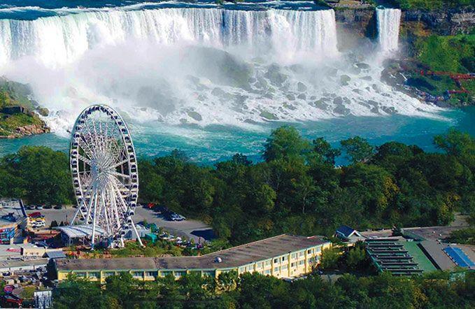 Comfort Inn Clifton Hill - Niagara Falls Hotel (Ontario) - Hotel ...