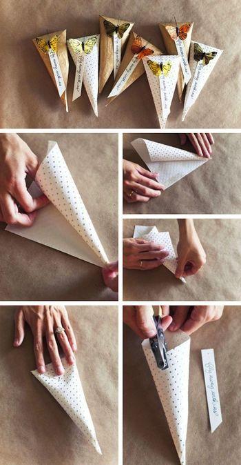 折り紙状の紙をくるっと巻いてホチキスをしたら、最後におしゃれなクリップで止めるのでしょうか。ほんとに簡単!小さなプレゼントのラッピングに使えそうですね。
