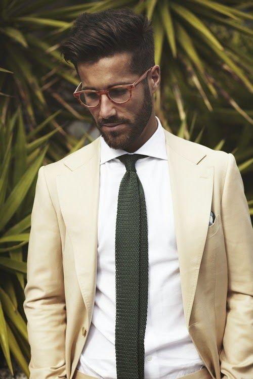black suit dark green tie - photo #30