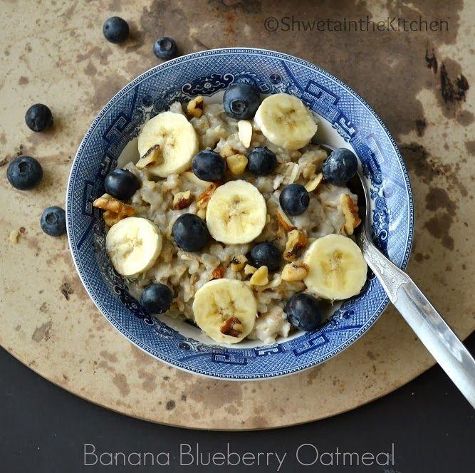 Banana Blueberry Oatmeal /skip sugar or use chopped dates to sweeten/