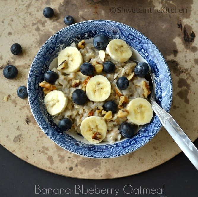 Banana Blueberry Oatmeal /skip salt and sugar, or use chopped dates to sweeten/